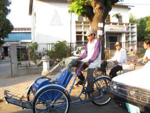 A cyclo driver